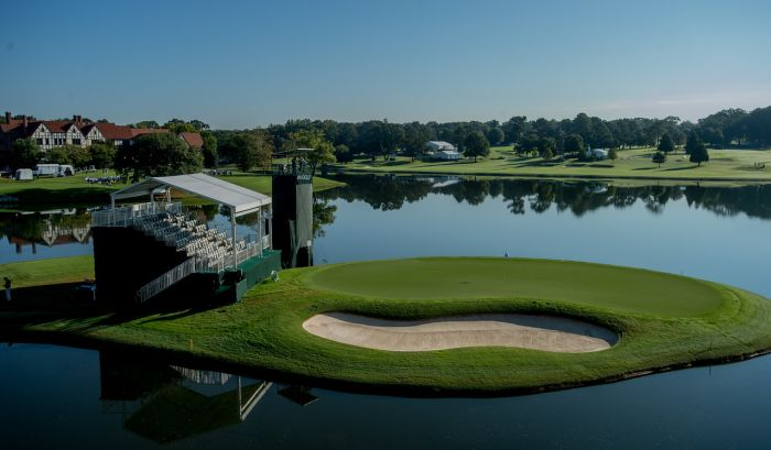 The best photos from the 15th hole at East Lake Golf Club from the 2016 TOUR Championship.