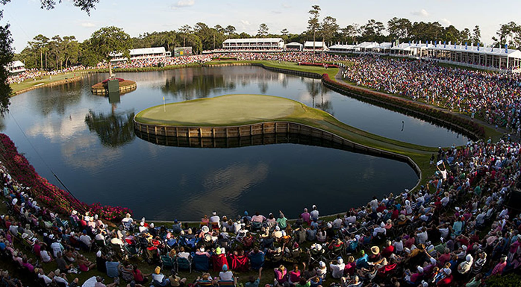 Closer look: How TPC Sawgrass' 17th played