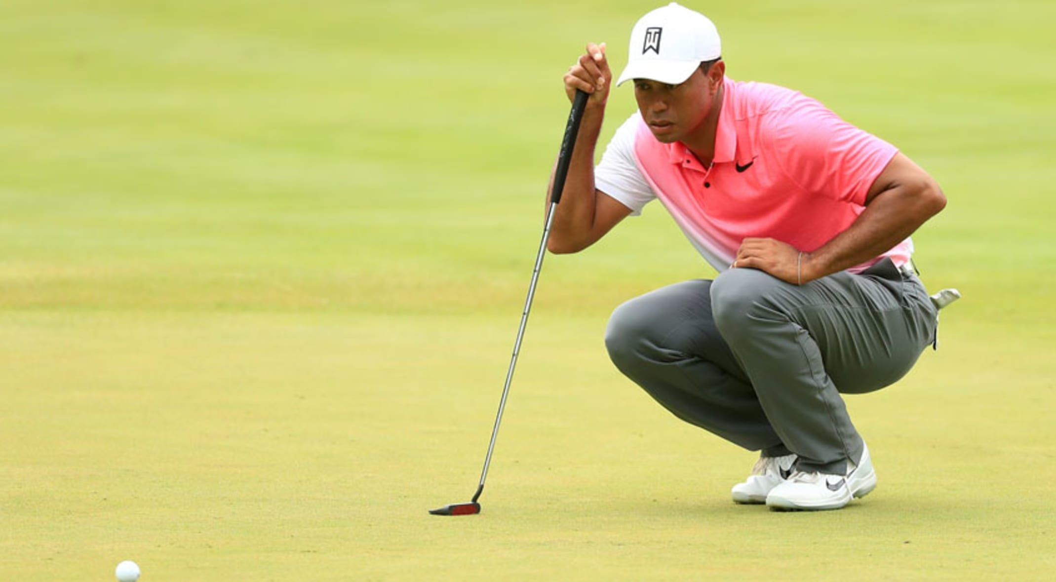833198608c82 Tiger Woods  new putter fails to heat up at Quicken Loans National