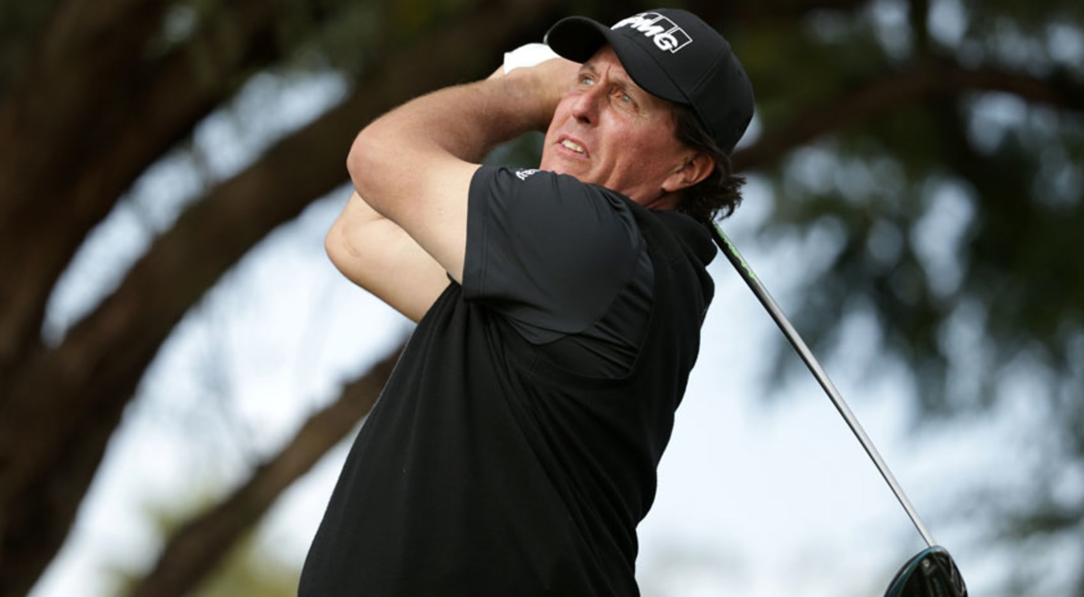 991ac8176 Phil Mickelson falls one shot short at Desert Classic