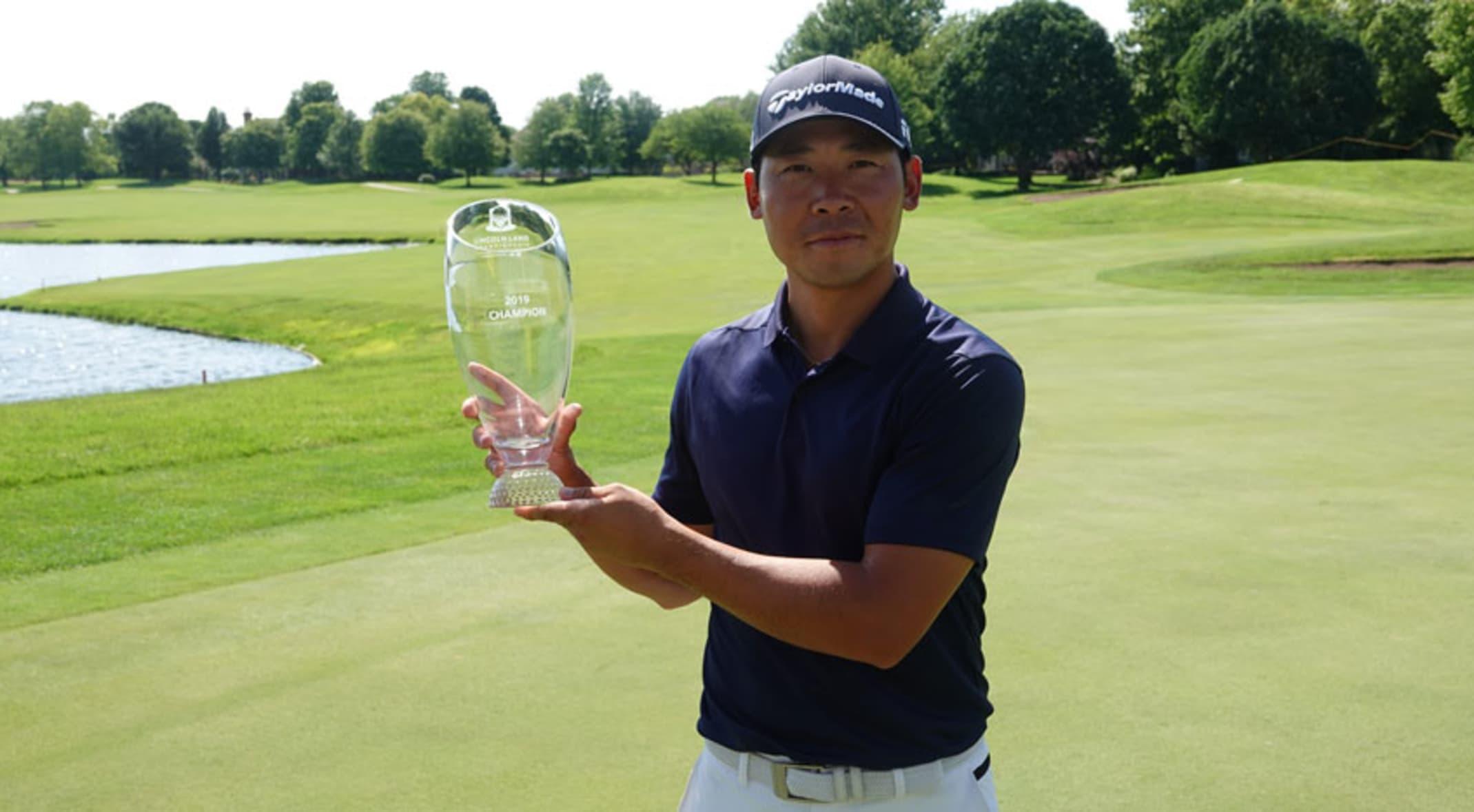 Defending champion Xinjun Zhang
