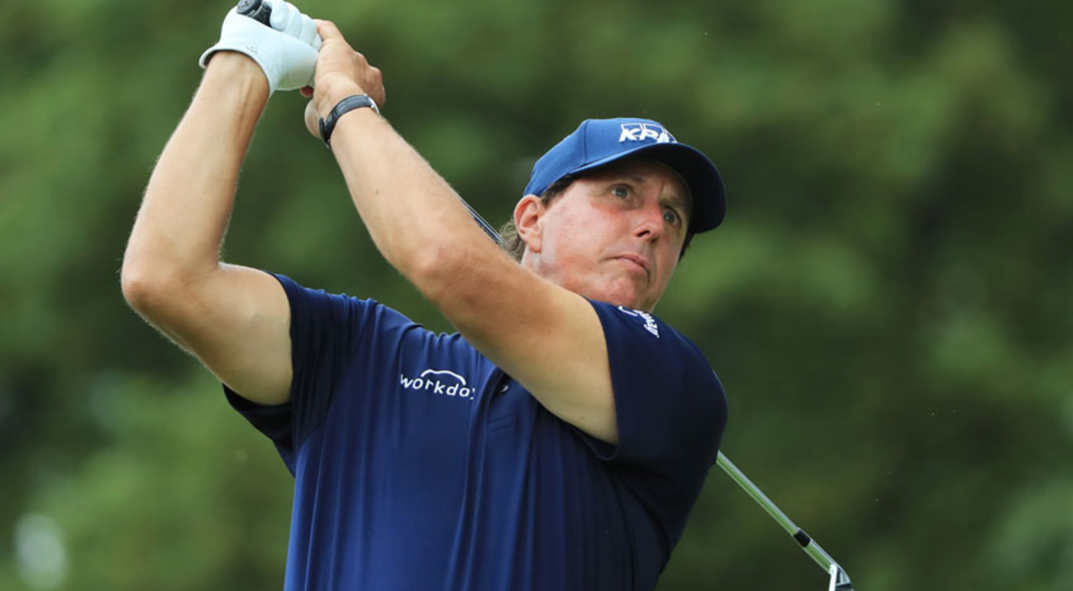 Phil Mickelson nearly missed tee time due to lightning strike at ...