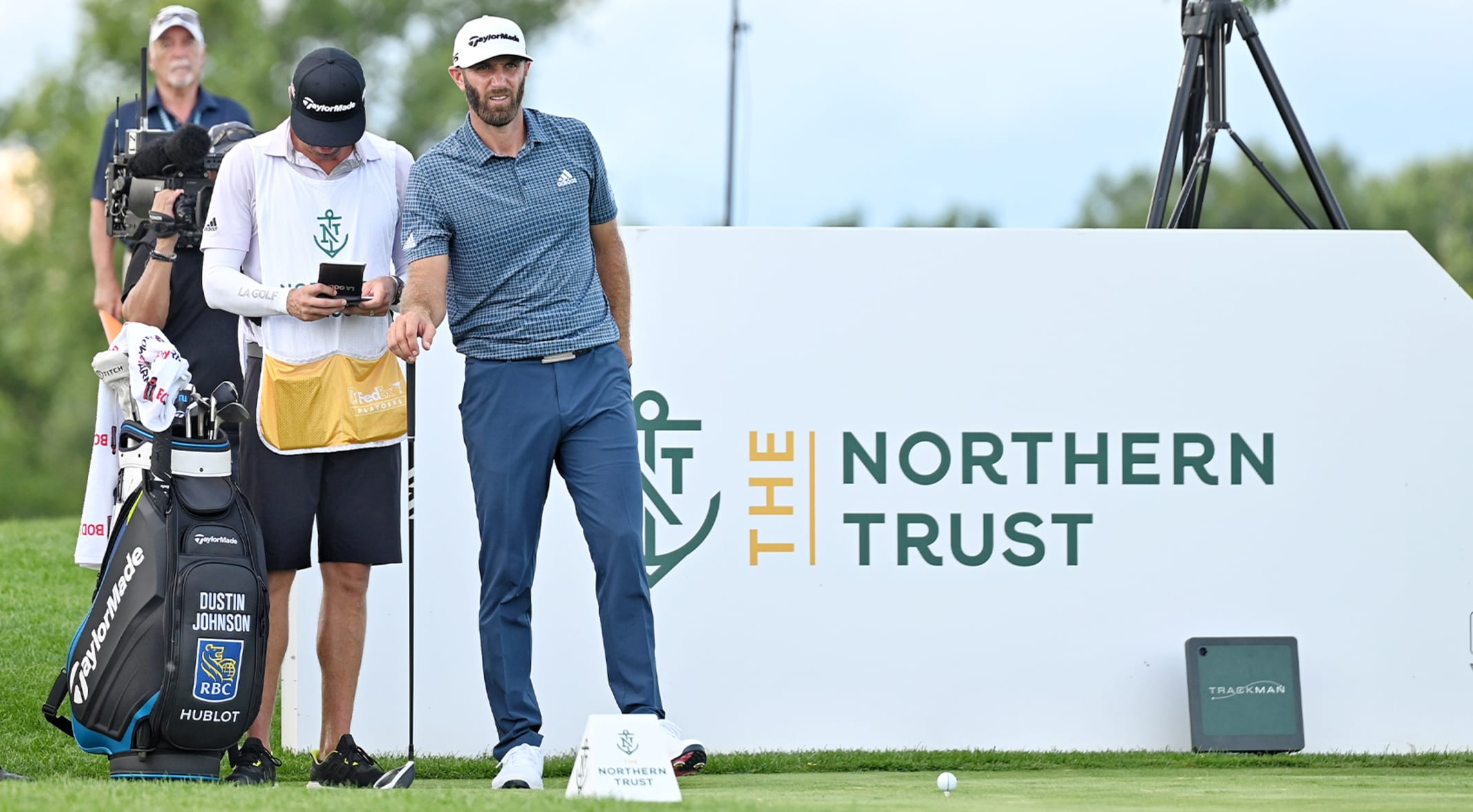 Dustin Johnson shoots 70 without a driver in the bag