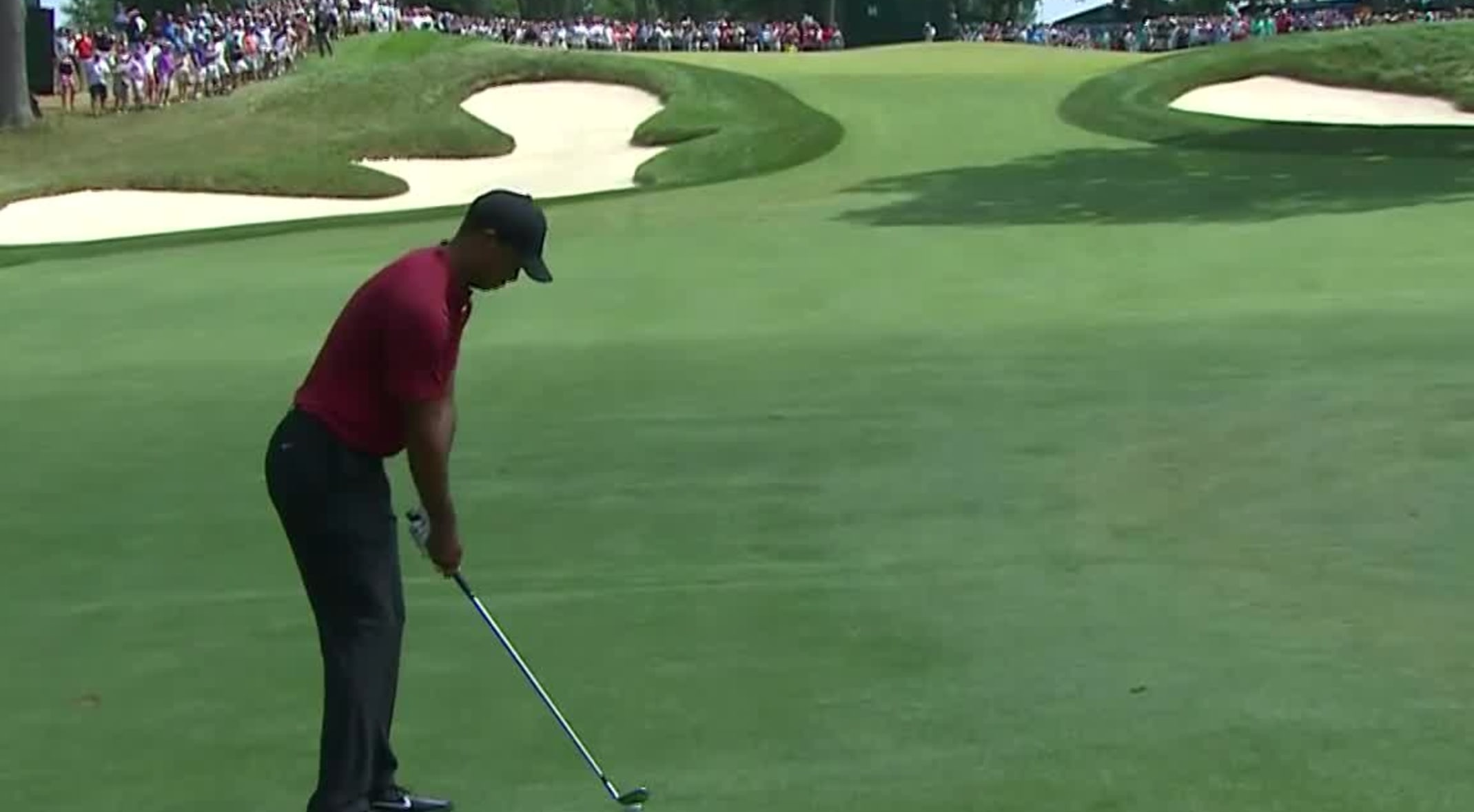 7b3185be In the final round of THE NORTHERN TRUST 2018, Tiger Woods hits his 135-