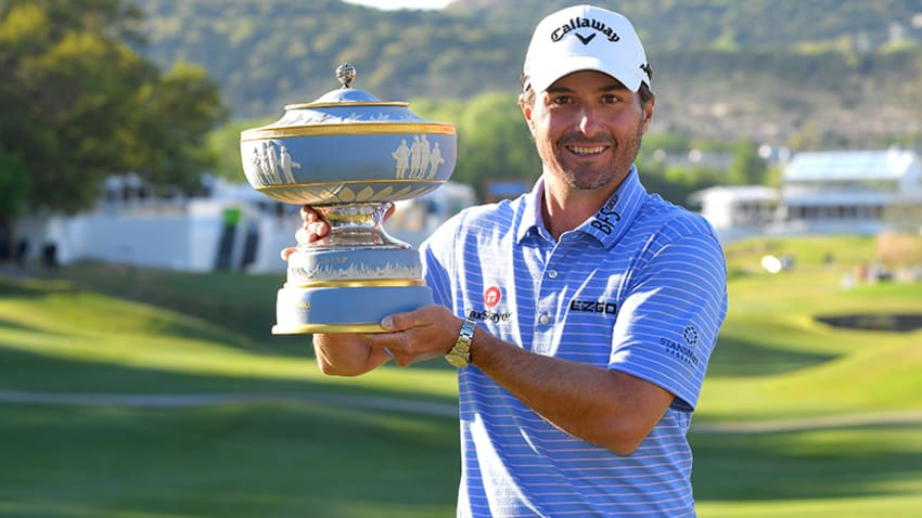 Kevin Kisner with the Walter Hagen Cup