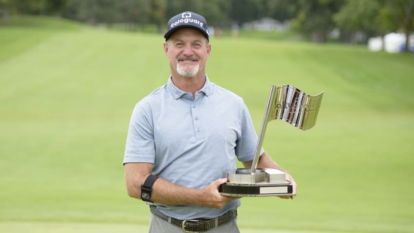 Defending champion Jerry Kelly