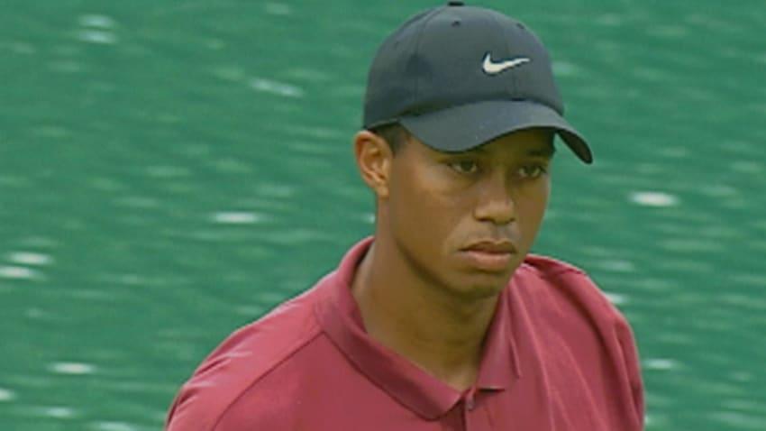 Tiger Woods wins 2001 WGC – NEC Invitational