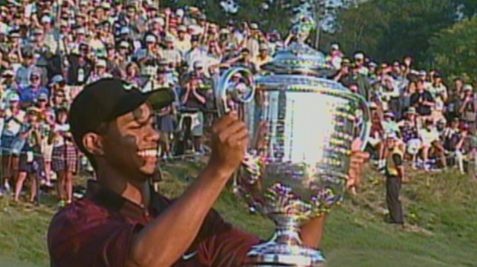 tiger woods wins 2000 pga championship