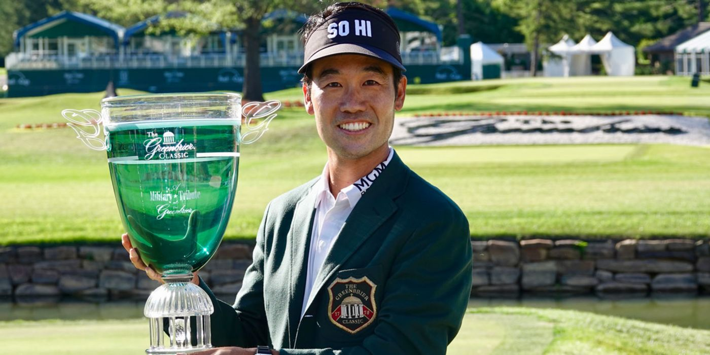 Kevin Na with the Greenbrier trophy and jacket