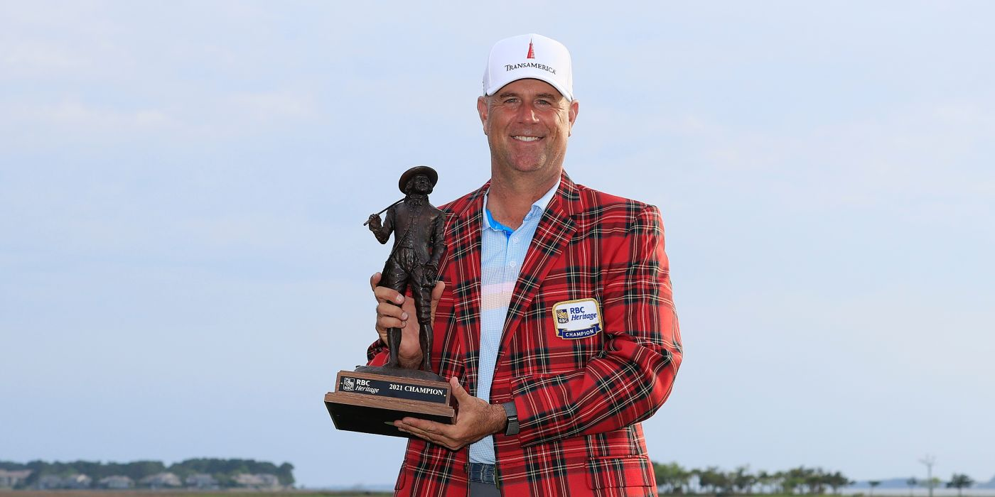Stewart Cink with the RBC Heritage trophy