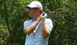 Three consecutive sub-70 rounds give Fuchs and White the lead at Jennings Mill