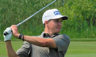 McCarty stays hot with 64; takes one-shot lead at Bolingbrook