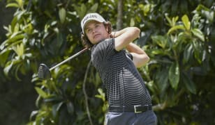 Mexico's Rincon shoots 5-under and leads at weather-plagued Quito Open