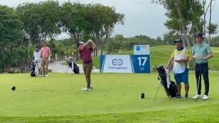 Alligood survives quintuple-bogey 10 to lead by one in Tulum