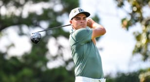 Fowler, Woods jump out to early lead at TOUR Championship