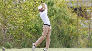 Blake Elliott fires second straight 69 to lead Mackenzie Tour Q-School