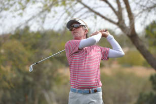 Quigley shoots 64 to take Cologuard Classic lead