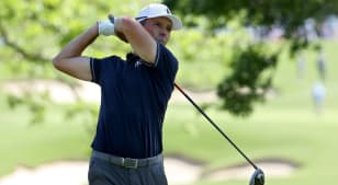Mike Weir opens four-shot lead at KitchenAid Senior PGA Championship